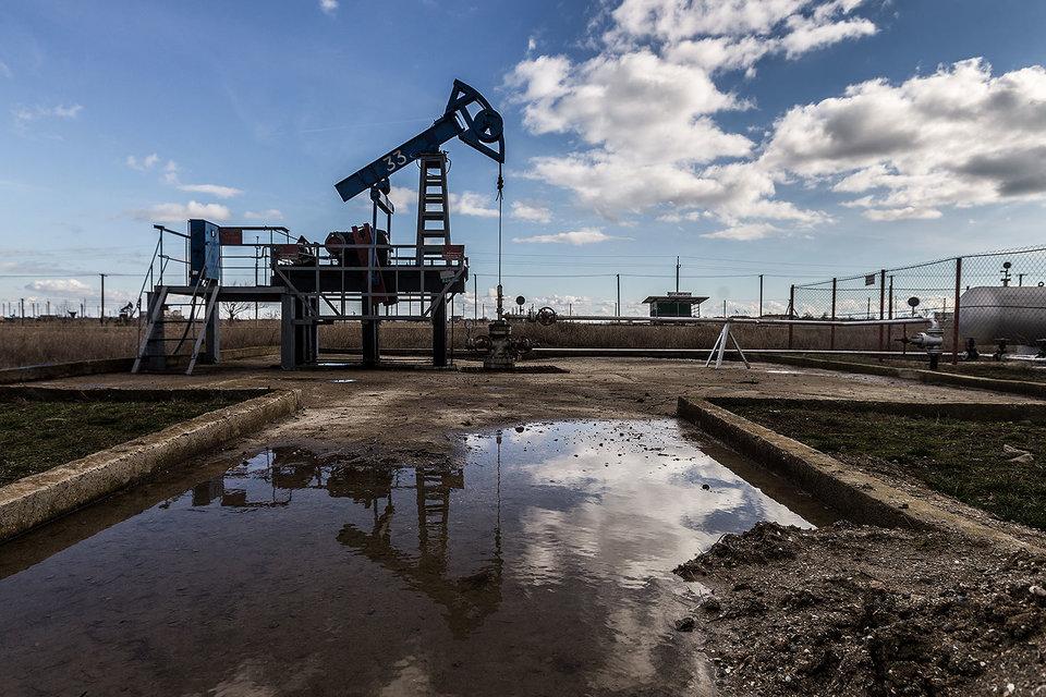 Минфин хочет, чтобы весь удар от повышения налоговой нагрузки приняли на себя нефтяники, а не потребители