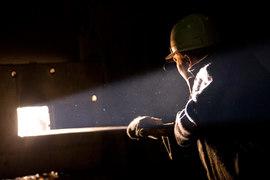 Минэнерго предлагает не закрывать опасные угольные шахты