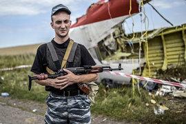 Россия официально не признает участия своих военнослужащих в вооруженном конфликте в Донбассе, как и причастность к атаке на малазийский Boeing 777