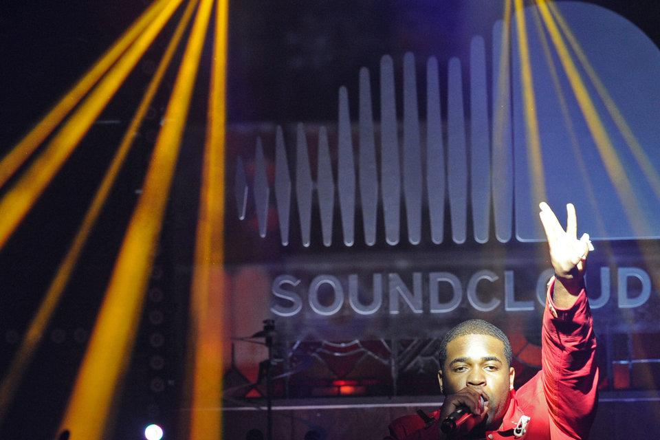 SoundCloud, несмотря на большую базу (135 млн) загруженных треков, пока так и не стал прибыльным