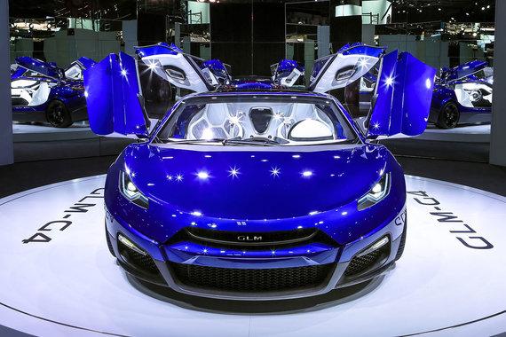 Сюрприз автосалона - японский электрический суперседан  GLM-G4 с силовой установкой 400 кВт, 1000 Нм, разгоном до 100 км/ч за сравнимые с Tesla Model S 3,7 секунды и ограниченной до 250 км/ч максимальной скоростью