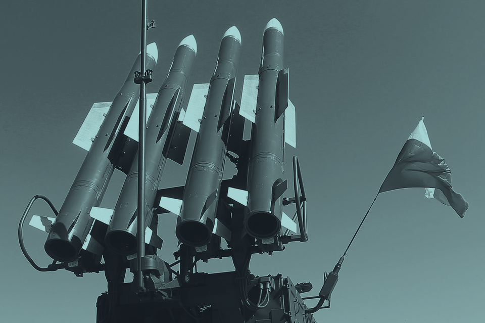 Международная следственная группа пришла к выводу, что малазийский Boeing в июле 2014 г. был сбит над Донбассом ракетой комплекса «Бук», который приехал на Украину из России и в Россию же вернулся