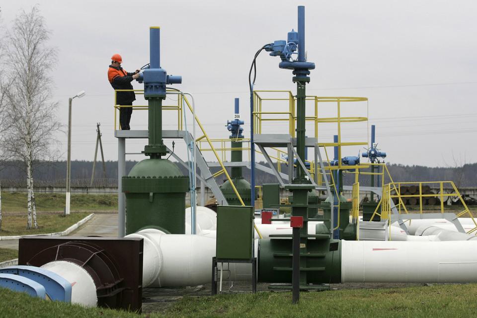 Нефтепровод «Дружба» берет начало в Самарской области, доходит до границы России с Белоруссией, а далее разделяется на два направления