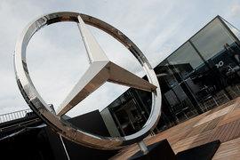 В российское производство легковых автомобилей Mercedes-Benz мощностью 25 000 машин в год немецкий автоконцерн может вложить около 20 млрд руб.