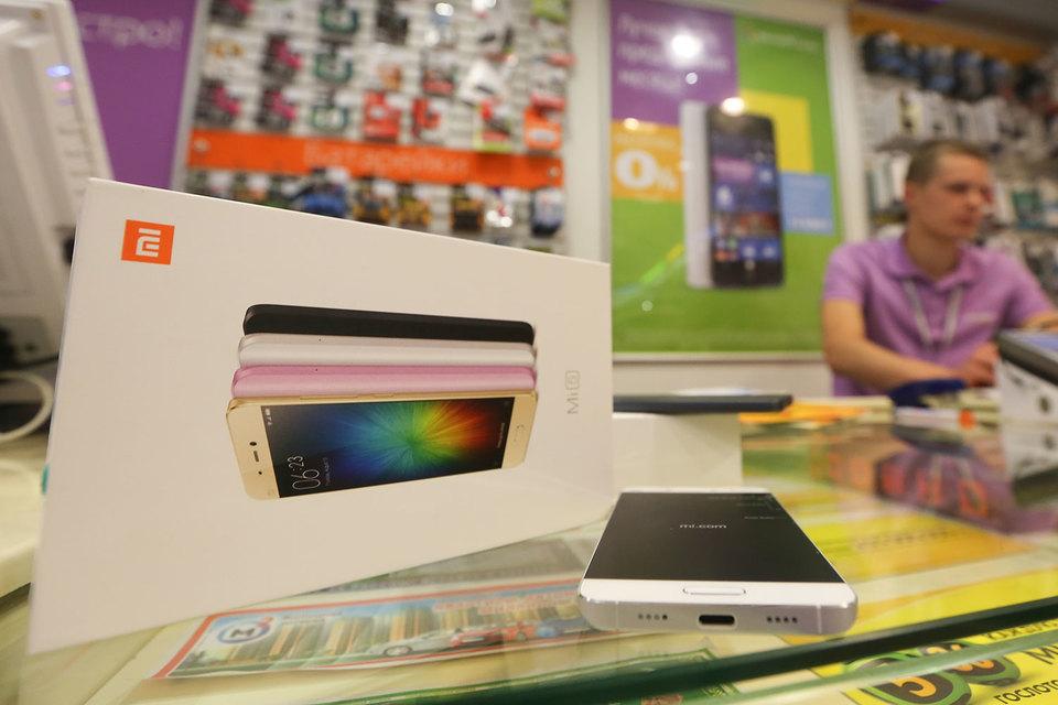 В  российских розничных сетях смартфоны Xiaomi начали продаваться летом этого года