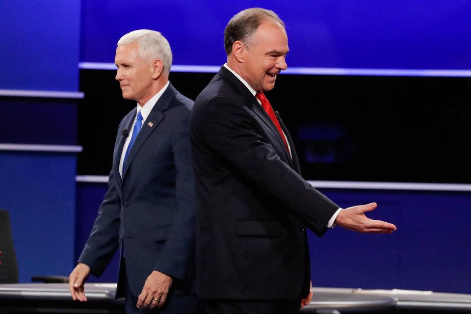 «Русский медведь не умирает - он впадает в спячку», - напомнил старую пословицу на дебатах кандидатов в вице-президенты США губернатор штата Индиана, республиканец Майк Пенс