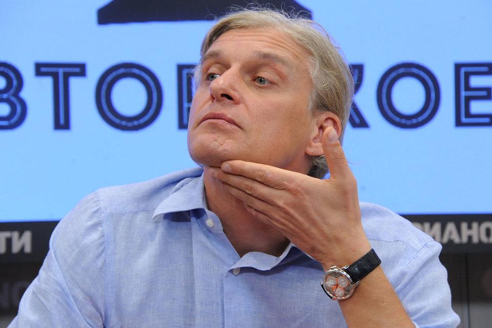 Олег Тиньков вложит в глобальные депозитарные расписки своего банка $10 млн. Это должно помочь инвесторам поверить в новые продукты банка