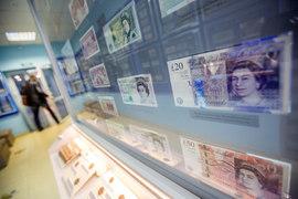 Пятничное падение фунта на 6% – результат человеческого фактора, низкой ликвидности и компьютерных стратегий
