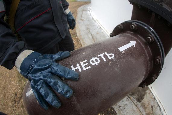 До сделки с «Роснефтью» основными акционерами «Башнефти» являются Российская Федерация в лице Росимущества (50% плюс 1 акция) и Башкирия (25% плюс 1 акция)
