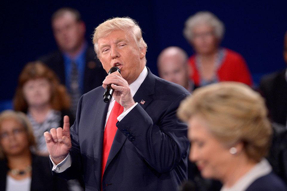 Вторые дебаты оказались для Дональда Трампа успешнее первых, но для победы на выборах президента США этого недостаточно