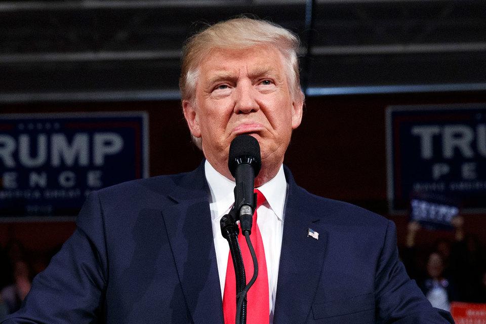 Президентская кампания республиканца Дональда Трампа грозит его партии потерей большинства в конгрессе США