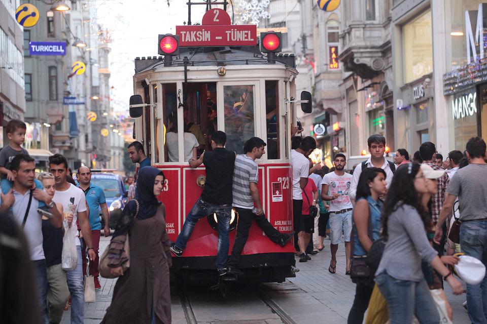 Россия и Турция обсуждают снижение цен на роуминг