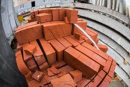 Ввод жилья в Москве упал более чем на четверть, зато в Подмосковье вырос наполовину
