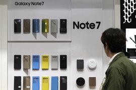 Samsung пытается вернуть доверие потребителей при помощи маркетинговых акций после провального запуска Note 7