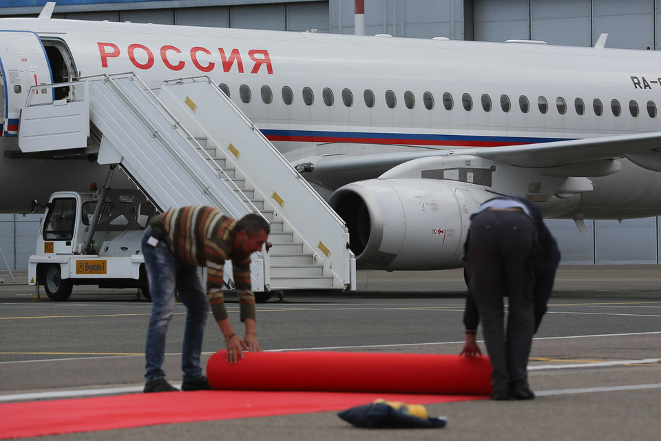 «Россия» улетает от «Аэрофлота»