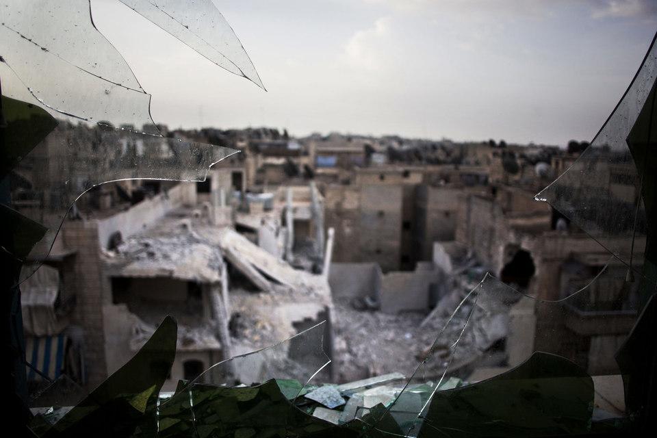 Происходящее в Алеппо – это сильнейший удар по имиджу России в мире, она там мало что выигрывает в политическом и международном срезе, но, видимо, что-то выигрывает на поле боя