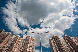 Введение в марте 2015 г. ипотеки с господдержкой сильно потеснило с первичного рынка Московского региона другие кредитные продукты