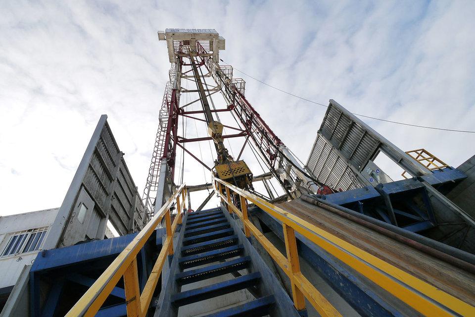 Картинки по запросу газпромнефть месторождение
