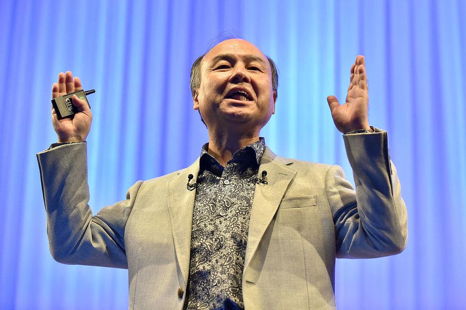 Председатель совета директоров и гендиректор SoftBank Масаёси Сон
