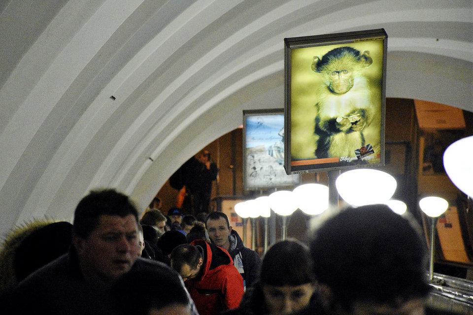 Рекламу в метро замечает больше 90% пассажиров
