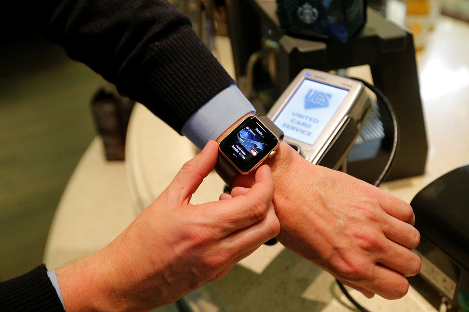 Apple Pay увеличивает базу потенциальных пользователей в России