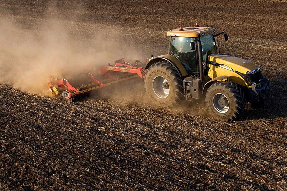 Крупнейший лот в 35 000 га за 1,75 млрд руб. у ВТБ приобрела Липецкая агропромышленная компания (ЛАПК)