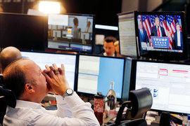 Мировые финансовые рынки встретили победу Дональда Трампа на президентских выборах США распродажей активов