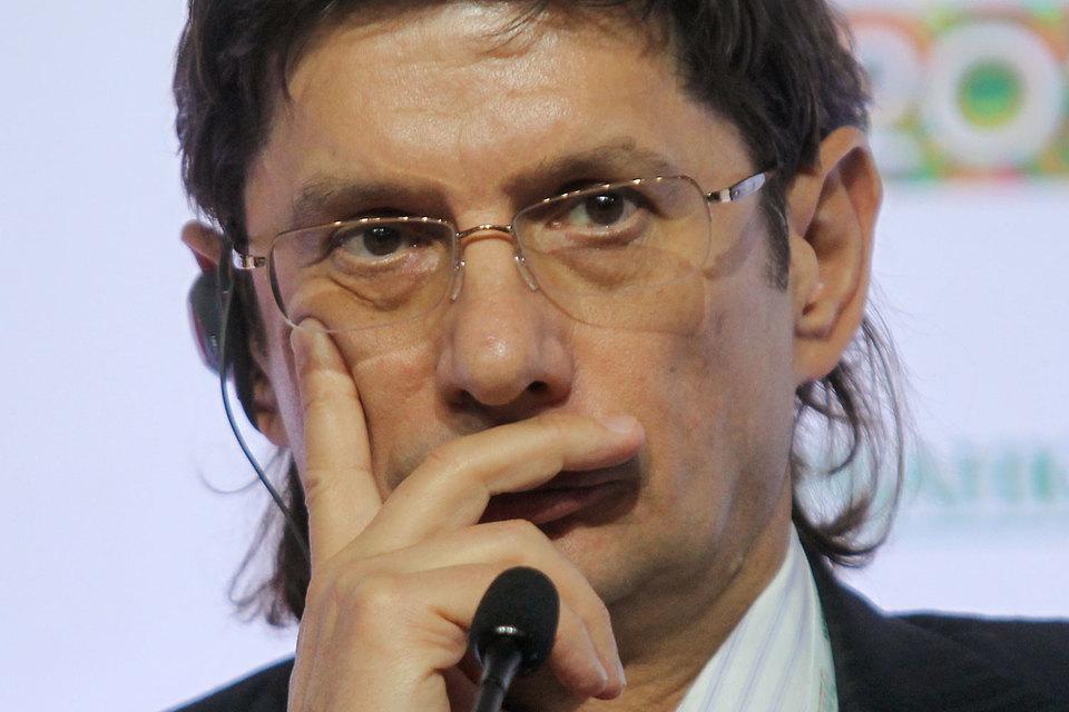 «Лукойл» не собирается участвовать в приватизации «Роснефти», заявил вице-президент «Лукойла» Леонид Федун