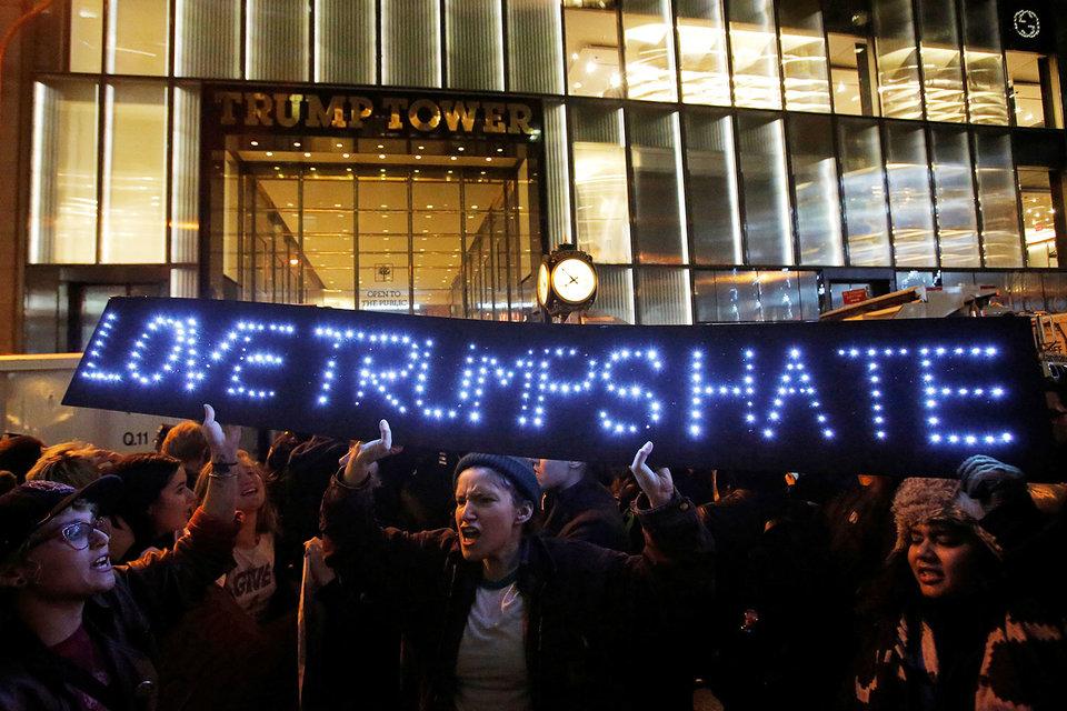 Митингующие не согласны с результатами выборов в США
