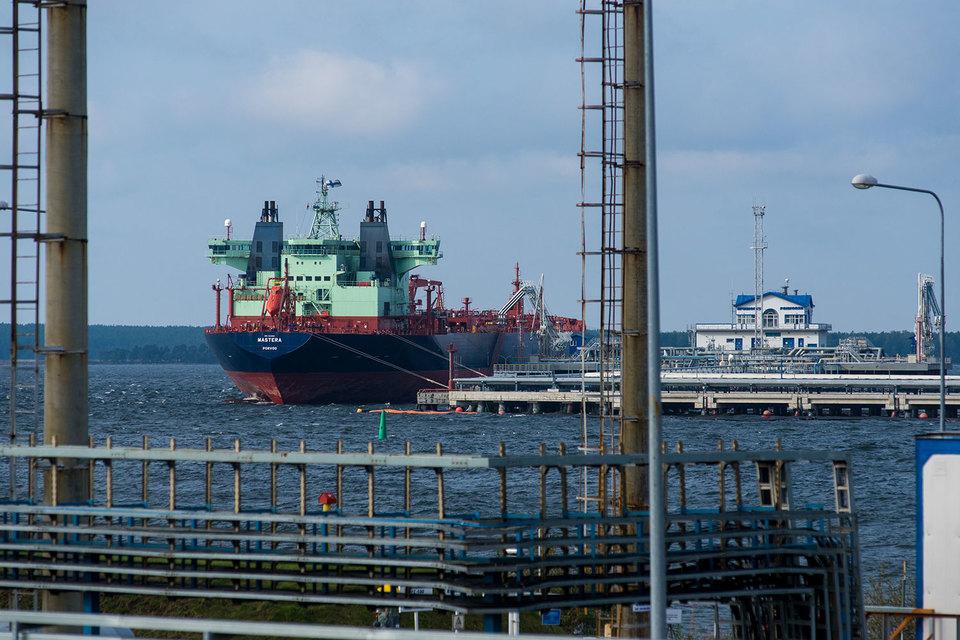 Нефтяники пожаловались, что ПТП навязывает им невыгодные условия договоров