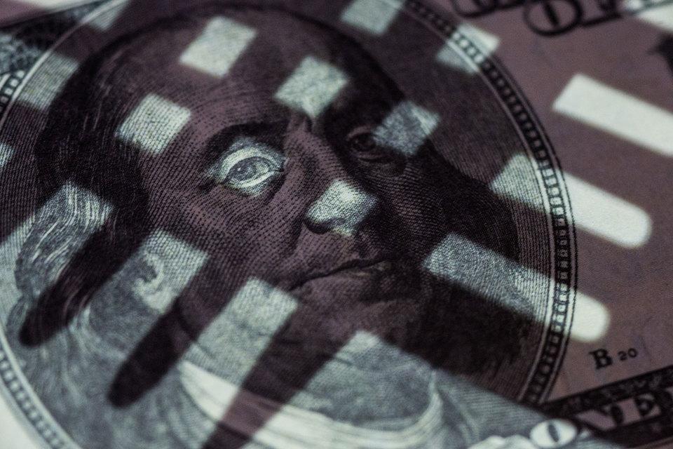 Санкции не заставили российские компании отказаться от валютных займов