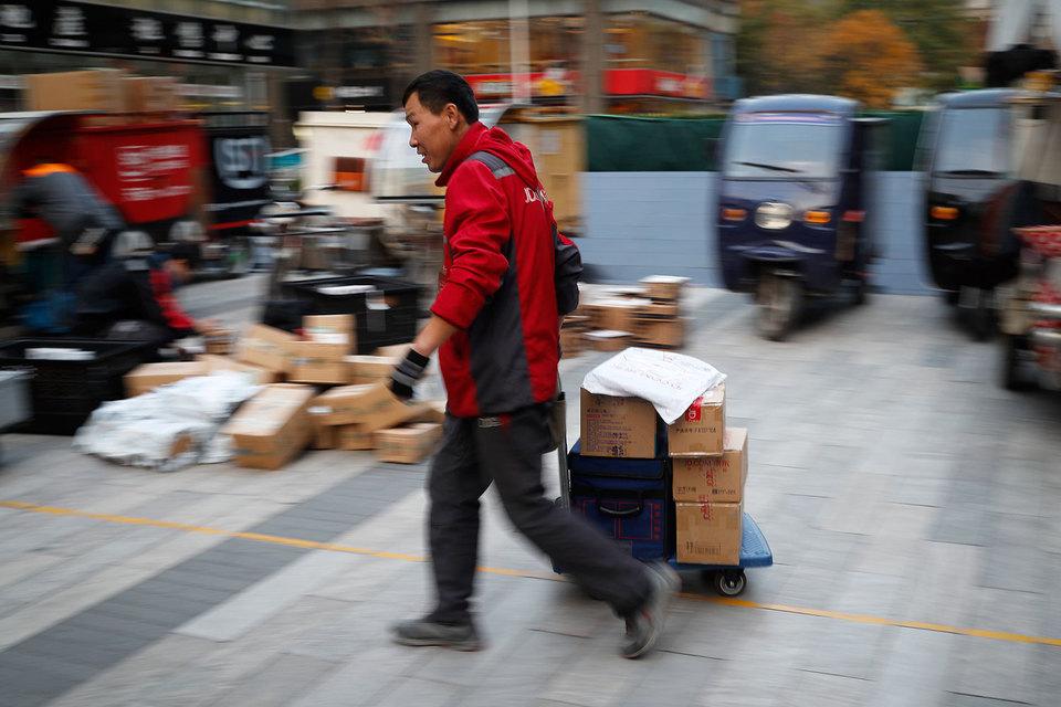 Традиционно в День холостяка больше всего тратили жители Дальнего Востока