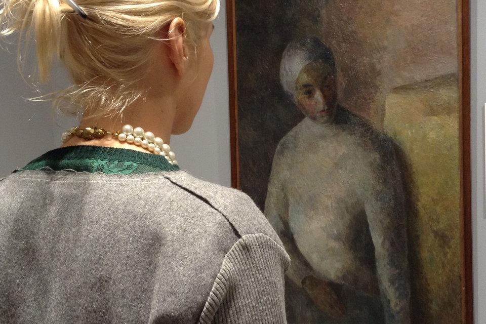 «Женщина в белой повязке» – одна из лучших картин Фалька