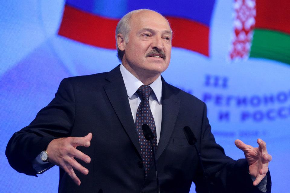 Лукашенко готов был обменять на акции «Башнефти» бумаги предприятия, которое производит шасси для ракет «Тополь», передает белорусское агентство «Белта»
