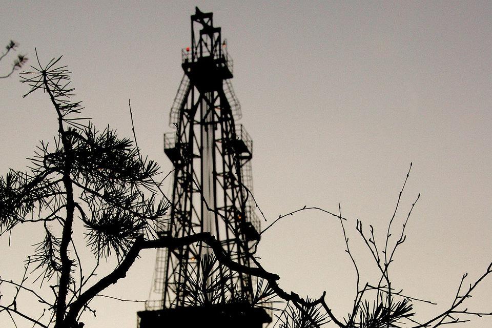 Перед продажей «Роснефть» вынет из «Верхнечонскнефтегаза» всю нераспределенную прибыль
