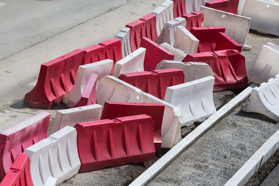 Цель одного из проектов — приведение 85% дорог в нормативное состояние и сокращение на 85% числа аварийно опасных участков