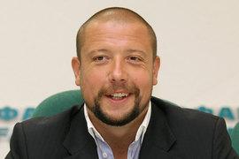 После решения суда Юров в разговоре с корреспондентом «Ведомостей» попросил передать привет «всем тем, кто утверждает, что он находится в изоляторе»