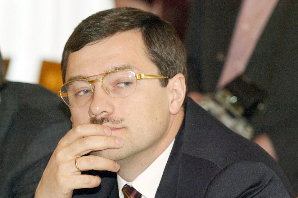 Анатолий Мотылев подал в суд ходатайство о признании его банкротом