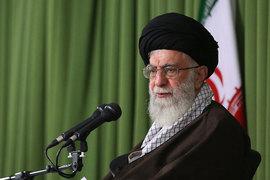 Верховный лидер Ирана пригрозил разрывом ядерного соглашения в ответ на возможное продление американских санкций