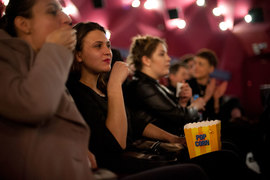 Увеличение доли российского кино – принципиальный вопрос для чиновников, ответственных за кино. Оно менее популярно, чем голливудские блокбастеры
