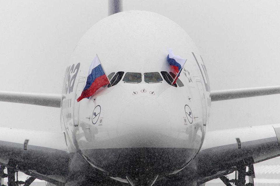 Во вторник, 29 ноября, отменены 15 из 22 рейсов Lufthansa Group в/из России, в среду, 30 ноября, из 26 рейсов отменены 14