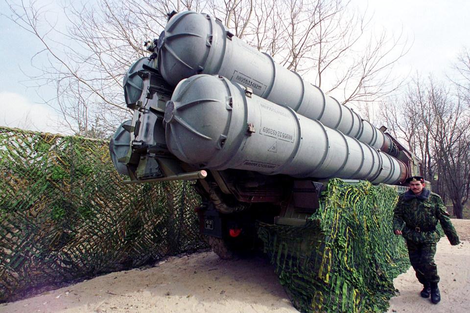 Зенитно-ракетный комплекс С-300В