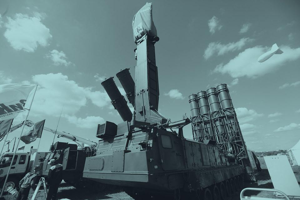 «Пистолетом», который оказался приложен к «доброму слову» управления международного сотрудничества Минобороны, стала система С-300В