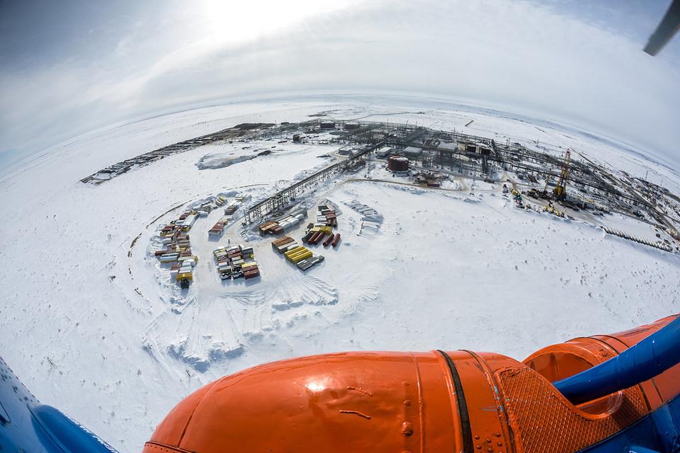 Новых месторождений, которые могут поддержать добычу нефти в России, остается все меньше