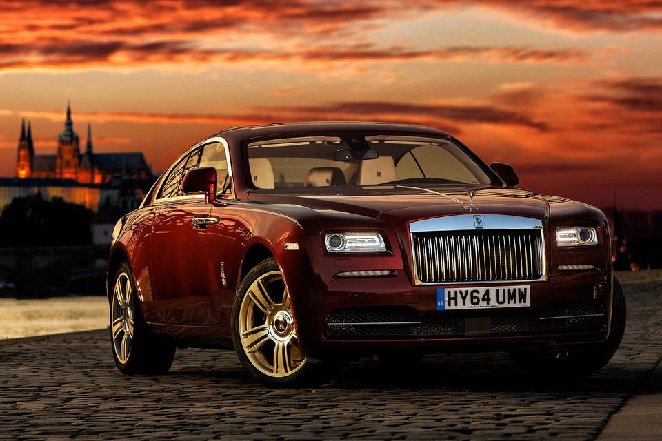 Не заметить Rolls-Royce Wraith, конечно, невозможно