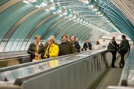 Реклама в метро может напугать пассажиров, выяснило петербургское УФАС
