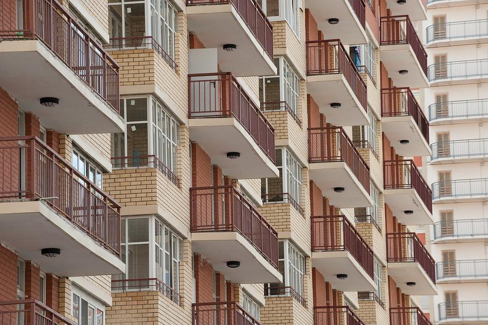 За год в старой Москве увеличилась доля сделок с минимальным бюджетом покупки (до 5 млн руб.) – с 14 до 19% за счет сокращения сделок в ценовом диапазоне от 5 млн до 10 млн руб. (с 50 до 45%), по данным Est-a-Tet. На небольшие (до 45 кв. м) квартиры приходится половина всего спроса в столице