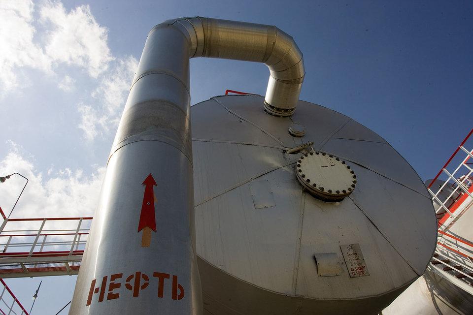Россия заверила, что снизит добычу, но пока не решила как