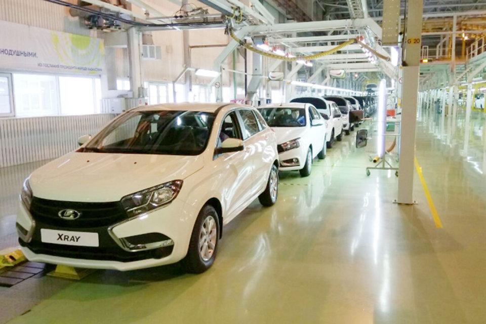 В пятницу в Казахстане начался выпуск Lada Vesta, Xray, универсала Largus и лифтбэка Granta