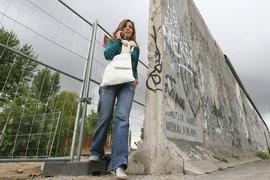 Европейские операторы компенсируют доходы, выпадающие из-за разрушения роуминговых границ в Европе,  в том числе за счет российских туристов